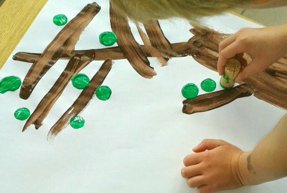 Bubble Wrap Activites for Kids Giraffe Paintings