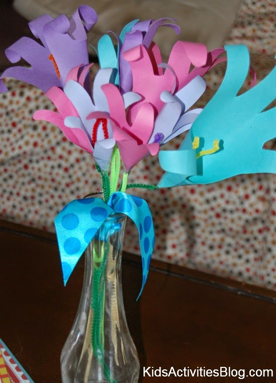 Top 10 Flower Crafts for Mothers Day - Crafty Kids at Home