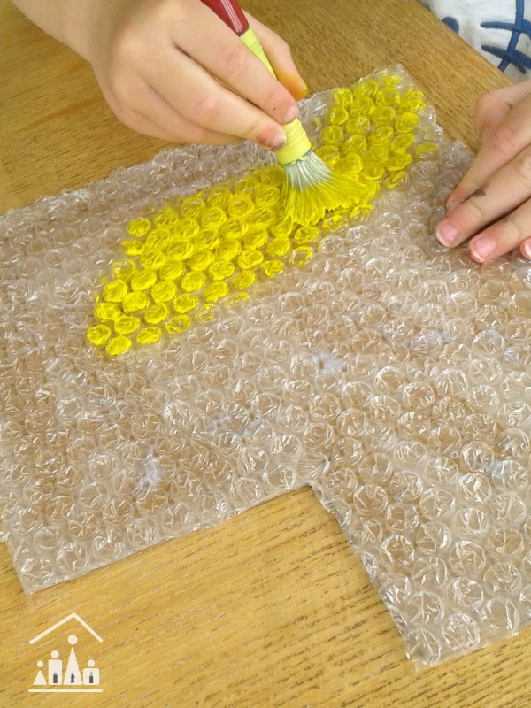 bus bubblewrap craft
