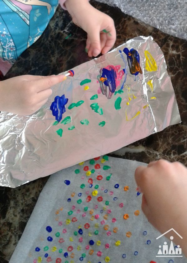 q tip painting pictures on tin foil