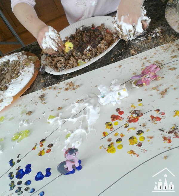 horsie horsie messy play mix up