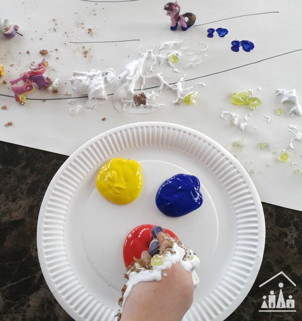 horsie horsie messy play paint