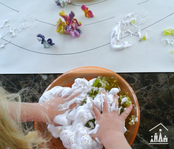 horsie horsie messy play shaving foam