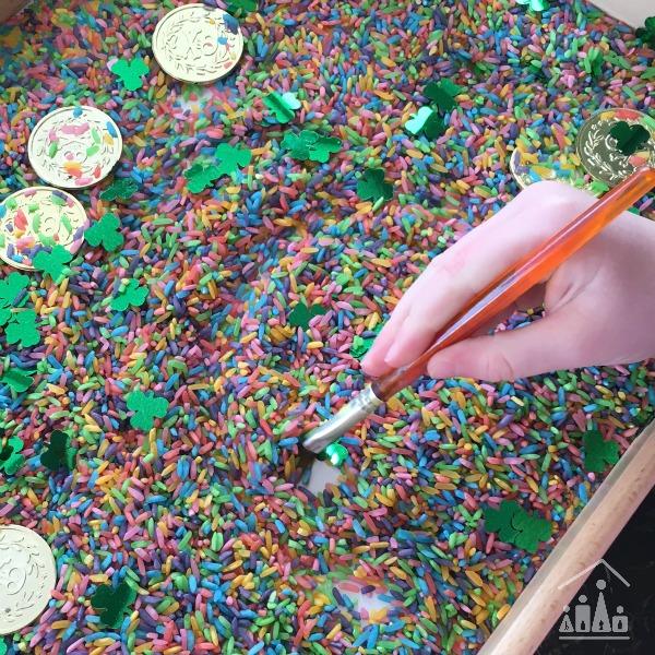 rainbow rice sensory tray