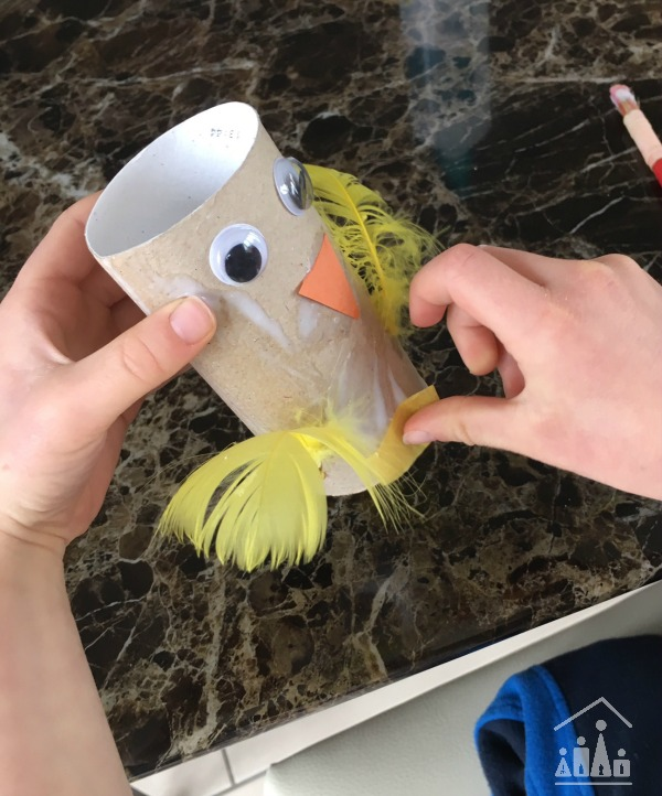 Making a Spring chick craft