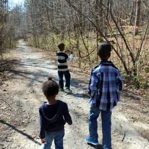 Outdoor Activities for Kids Exploring a Nature Trail