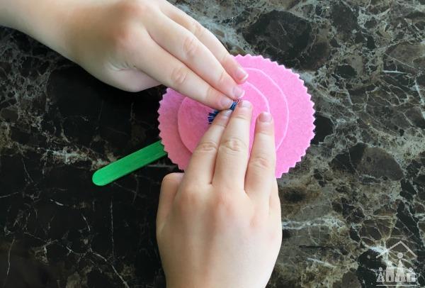 Making a Felt Flower Craft