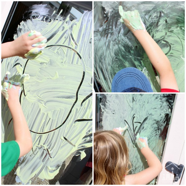 Outdoor Finger Painting Idea for Kids