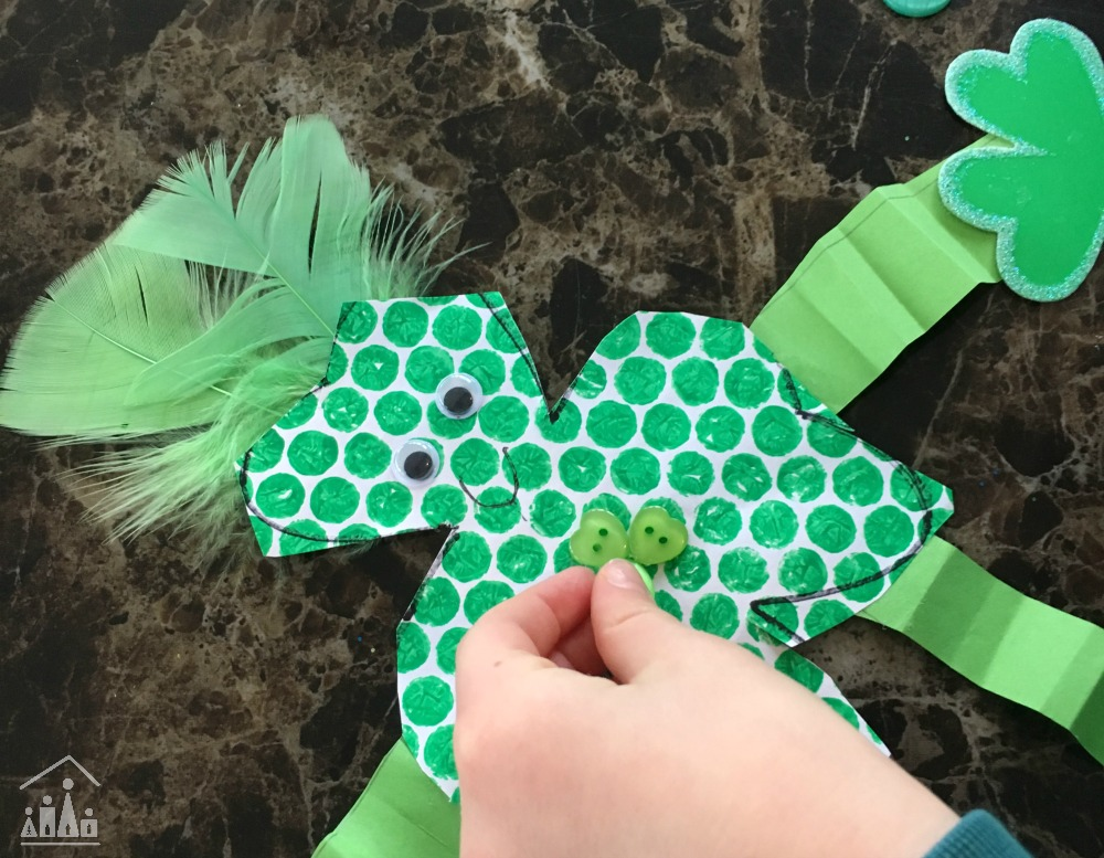 Bubble Wrap Shamrock Man Crafty Kids At Home