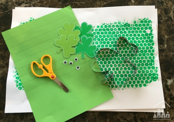 Art supplies to make a Bubble wrap shamrock man